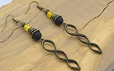 Boucles d'oreilles pendante bronze noires et ambre, bijoux ethniques , bijoux bohème chic, pendentif spirale