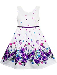 Mädchen Kleid Lila Sonnenblume Grün Blätter Schmetterling