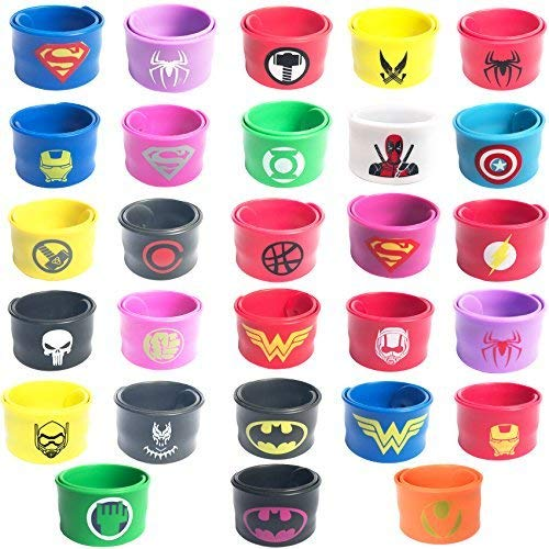 28 Stück Slap Band Armbänder Superhelden Party Supplies,Geburtstagsparty Mitgebsel Toys Kostüm Slap Bands,Spiderman Geburtstag Party Bag Fillers für Kinder Jungen ()