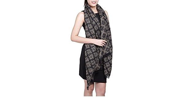 9507a3922b2 Subke écharpe hiver femme foulard grande taille châle cache-col réversible  franges à fleurs beige gris  Amazon.fr  Vêtements et accessoires