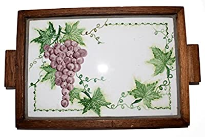 Ceramic Tray with Frame in Solid Wood Grape Line Art Object Piece High Quality Hand Painted Le Ceramiche del Castello Made in Italy Dimensions : 38.5 x 29 x 2.5 centimeters