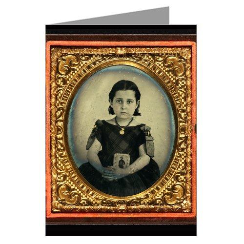 12-tarjetas-vintage-luto-tenencia-chica-fotografia-de-su-vestido-padre-como-un-husar-con-espada-y-so