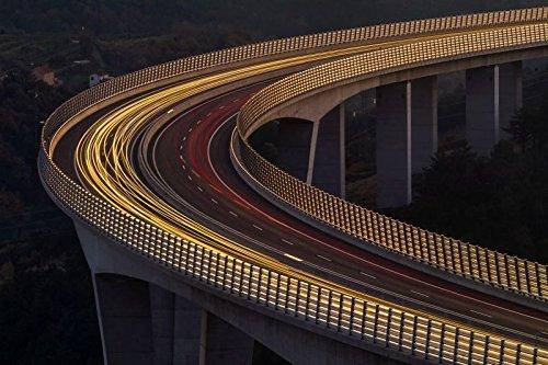 Digitaldruck / Poster Jaka Ivancic - Viadukt A?rni Kal - 60 x 40cm - Premiumqualität - Viadukt, Brücke, Crni Kal, Tschechien, Architektur, Konstruktion, Nachtszene, Lichtspuren - MADE IN GERMANY - ART-GALERIE-SHOPde
