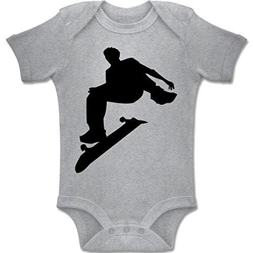 Skateboard-baby-kleidung (Sport Baby - Skater - 6-12 Monate - Grau Meliert - BZ10 - Baby Body Kurzarm Jungen Mädchen)