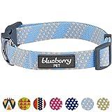 Blueberry Pet Kunsthandwerkliches Häkel Inspiriertes Endlose Quadrate Hundehalsband, Himmelblau und Elfenbeinfarben, L, Hals 45cm-66cm, Verstellbare Halsbänder für Hunde