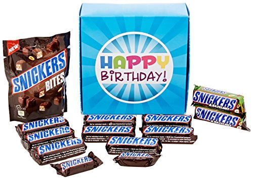 the-ultimate-snickers-bar-chocolate-lovers-happy-birthday-gift-box-by-moreton-gifts-full-snickers-ba