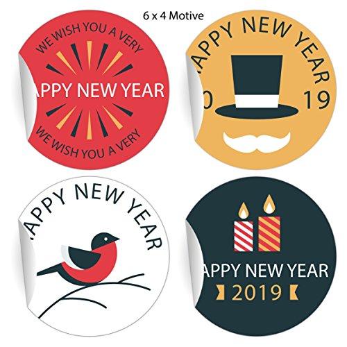 (5x24 Retro Silvester Aufkleber mit verschiedenen Motiven zum Neujahr 2019, MATTE Papier Sticker für Geschenke, Mitgebsel, universal Etiketten fürTischdeko, Pakete, Briefe (ø 45mm; 6 x 4 Motive ) Happy New Year)