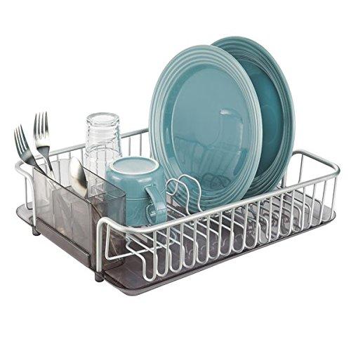 mDesign escurreplatos de encimera con cesta para cubiertos - Práctico escurridor de vajilla de aluminio inoxidable - Seca platos, vasos, copas y cubiertos - Color ahumado/plateado