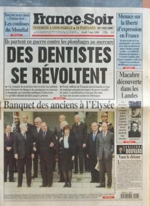 FRANCE SOIR [No 16718] du 07/05/1998 - LES COULISSES DU MONDIAL MENACE SUR LA LIBERTE D'EXPRESSION EN FRANCE ILS PARTENT EN GUERRE CONTRE LES PLOMBAGES AU MERCURE - DES DENTISTES SE REVOLTENT BANQUET DES ANCIENS A L'ELYSEE MACABRE DECOUVERTE DANS LES LANDES - DECOUVERTE DES CORPS DE GUY RENOUF ET SYLVIE MOREAU VAUT LE DETOUR PAR BOUVARD
