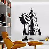 vinilo decorativo del Big Ben y una señal de metro de Londres. Color negro. Medidas: 60x85cm