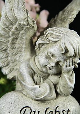 Grabengel auf Herz gelehnt von friedhofskerze.de bei Du und dein Garten