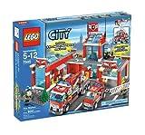 LEGO City 7945 - Feuerwehr-Hauptquartier Vergleich