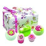 BOMB COSMETICS Coffret Cadeau Three L...