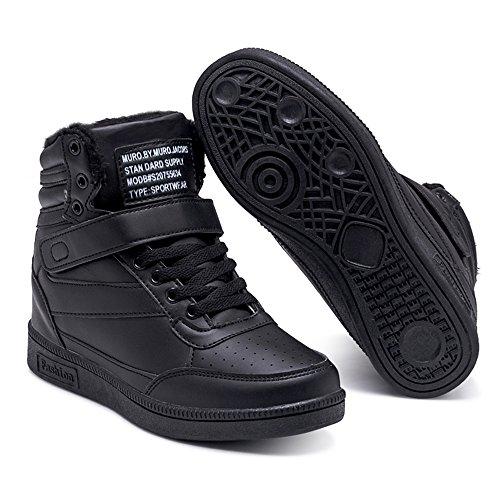 scarpe sportive con zeppa interna nike