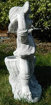 Beton Figur Junge mit Pflanztopf H 40 cm Dekofigur und Gartenskulptur von JS GartenDeko e.K. - Du und dein Garten