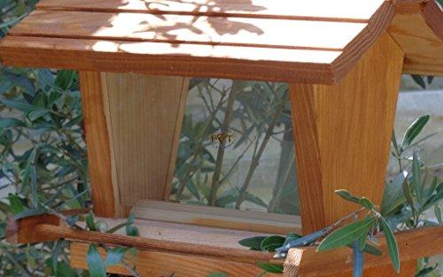vogelhaus mit ständer BTV-VOFU2G-MS-hbraun002 Robustes, stabiles PREMIUM Vogelhaus mit ständer, FUTTERHAUS für Vögel, WINTERFEST - MIT FUTTERSCHACHT Futtervorrat, Vogelfutter-Station Farbe braun hellbraun braun/orange/natur, Ausführung Naturholz, mit KLARSICHT-Scheibe zur Füllstandkontrolle, Schreinerarbeit aus Vollholz