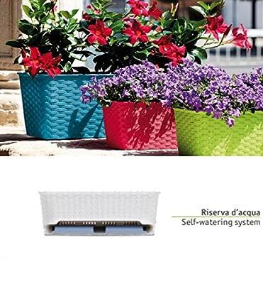 Pflanzkasten im Rattan Design mit integriertem Wasserspeicher und Metallrahmen für Geländer aller Art oder zum Aufstellen, Maße B 50 x H 18 x T 16 cm, Farbe braun von Kreher bei Du und dein Garten