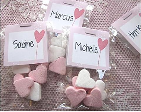 20 Giveaway-Tütchen als Tischkarte mit 5 Pfefferminzherzchen rosa-weiss im Klarsichttütchen, beschriftet mit je einem Gastnamen vorne und einem gleichbleibendem Text auf der Rückseite (Namen, Taufdatum, Hochzeitsdatum o.a. Textwunsch). Gastgeschenk + Tischkarte in einem mit Wunschtext. Präsent: Pfefferminzherzen, Herzballon. Danke und süße Erinnerung, Herz Bonbon als Dankeschön, Herzdragees als Tischdeko. Herzbonbons rosa weiss, individuell und personalisiert, die Alternative zu (Schokolade Mit Namen)