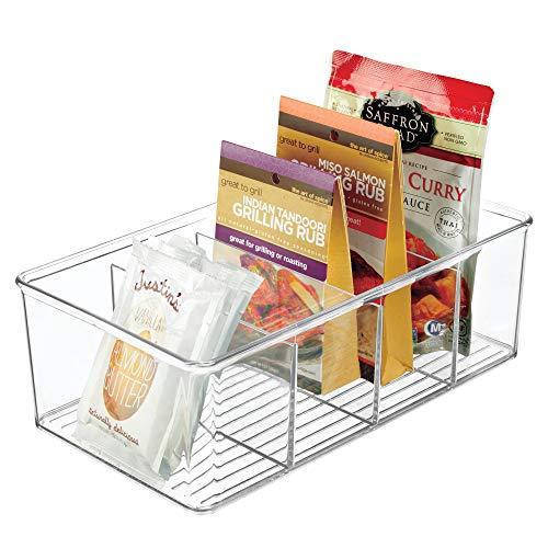 mDesign Aufbewahrungsbox - stapelbarer Kasten mit vier Fächern zur Lebensmittelaufbewahrung - moderner Küchen Organizer für Tütensuppen, Gewürze etc. - durchsichtig