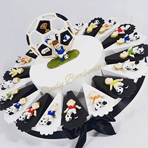 Torta bomboniera portaconfetti compleanno nascita comunione con bambino che gioca a calcio pallone juventus coppa squadra (torta da 35 fette + centrale)