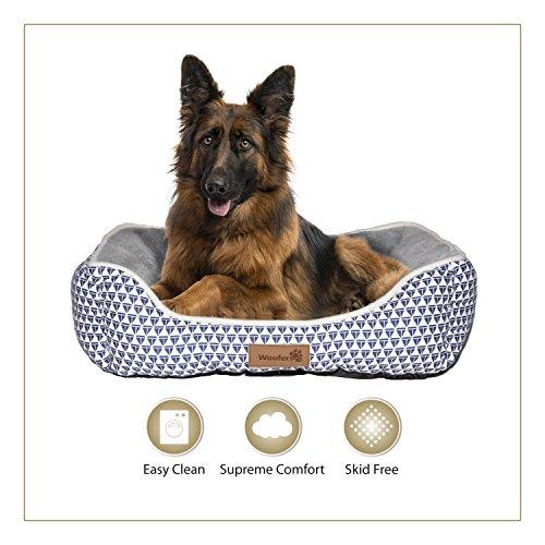 Woofers Nore Square Hunde- / Katzen- / Welpen- / Kätzchenbett, Größe S, M und L, weicher Coral-Fleece, waschbar, gemütlich, luxuriös und kuschelig Square Woofer