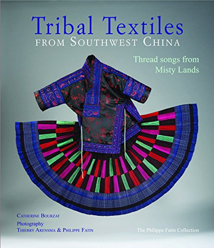 Oriental Chinese Kostüm (Tribal Textiles from Southwest China: Threads from Misty Lands: The Philippe Fatin)