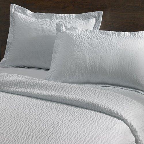 courtyard-by-marriott-hotel-rippled-pillow-sham