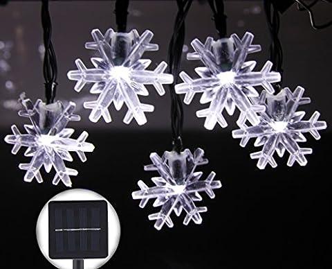 Inngree 30er LED Solar Lichterkette Garten Außen Schneeflocke 6 Meter, Solar Beleuchtung für Party, Weihnachten, Outdoor, Fest Deko usw. [Energieklasse A+++] (Die schneeflocken-Weiße)