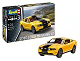 """Revell 10 Modellbausatz 07046 """"2010 Ford Mustang GT"""", Auto im Maßstab 1:25 Level 3, originalgetreue Nachbildung mit vielen Details"""