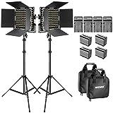 Neewer Bi-Farbe LED Video Licht Set mit Akku und dimmbarem Ladegerät 660 LED mit U Halterung und Barndoor (3200-5600K, CRI 96+), 3-6.5 Fuß Lichtständer für Studio, YouTube Aufnahme (2 Stück)