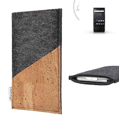 flat.design Handy Hülle Evora für BlackBerry KEYone Black Edition handgefertigte Handytasche Kork Filz Tasche Case fair dunkelgrau