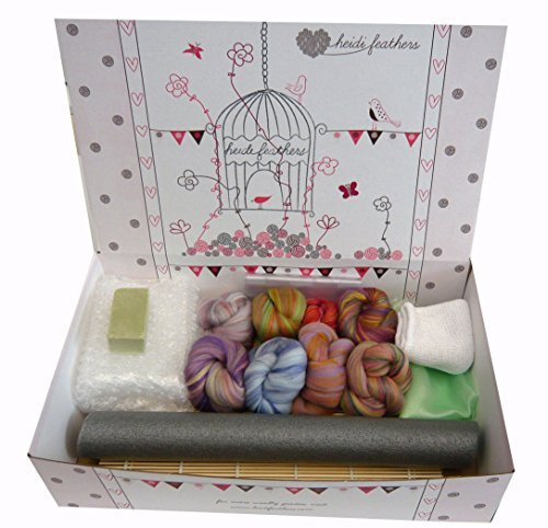 Heidifeathers® Boxed Wet Felting Kit - Merino with Dyed Bamboo Wool, Bamboo Mat....