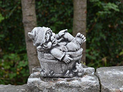 gartendekoparadies.de Lustiger Kleiner Gnom IV Troll Wichtel Fantasiefigur aus Steinguss frostfest