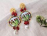 Orecchini siciliani con Tamburelli in ceramica di Caltagirone, Corallo rosso e Perle Barocche a goccia
