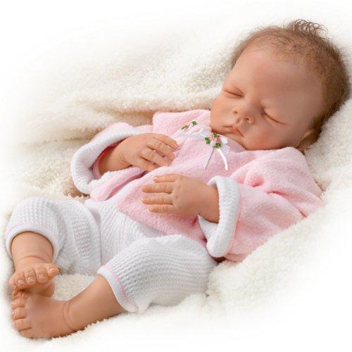 Süsse Träume, kleine Bella - Babypuppe kreiert von der Künstlerin Waltraud Hanl