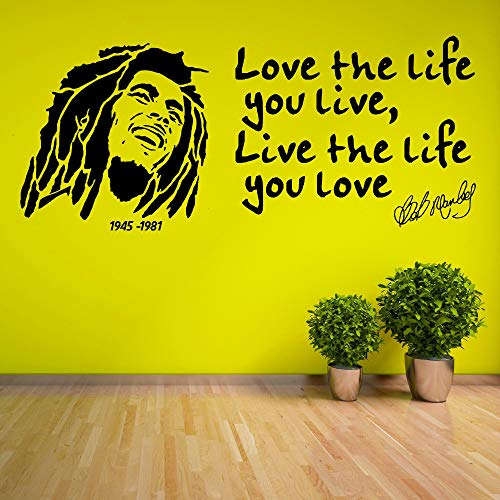 fenshop Poster Wandtattoos Bob Marley Zitat Liebe das Leben das du lebst 1945 1981 Autocollant Wandbild Abnehmbare VinylWandaufkleber 136X57cm -