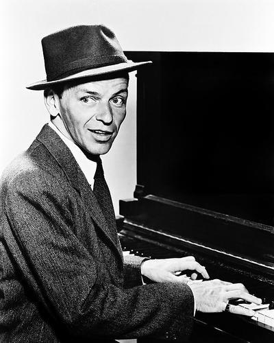 Moviestore Frank Sinatra als Barney Sloan in Young at Heart 25x20cm Schwarzweiß-Foto (Frank Von Barney Frank)
