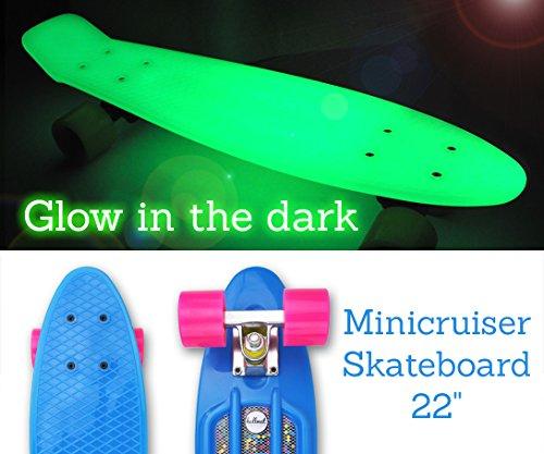"""Hellmet Mini Cruiser Skateboard 22"""" - Penny Board Style - Longboard - Vinyl Cruiser - Glow Deck - leuchtet im Dunklen - Premium Qualität - Weihnachtsangebot - Jetzt zuschlagen!!!"""