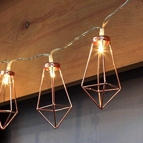 Kupfer geometrische LED Lichterkette - 6 Meter | Mit Netzstecker NICHT batterie-betrieben | 20 LEDs warm-weiß | rose gold pyramidenform - kein austauschen der Batterien | Rosegold Deko von CozyHome