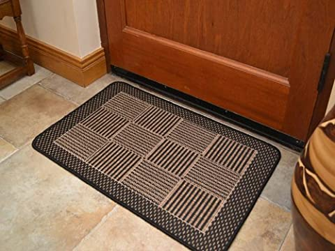 Rustica Flat Weave Rug (Black Brown) With A Rubber Back.