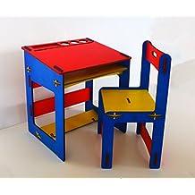 Mesa y silla infantil de madera