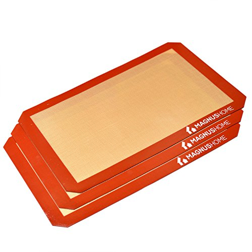 MAGNUS Home - Alfombrilla resistente al calor para hornear de silicona - FDA Approved Non-Stick Bakeware Bandeja (Pack de 3)