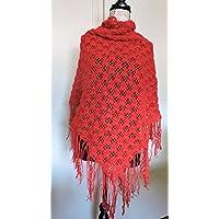 Châle étole triangle écharpe rouge intense pure laine d alpaga motifs  ajourés avec fines franges 2e5907d94bd