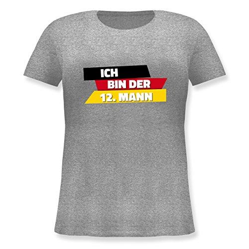 Shirtracer Fußball-WM 2018 - Russland - Ich Bin der 12. Mann Deutschland - Lockeres Damen-Shirt in Großen Größen mit Rundhalsausschnitt Grau Meliert