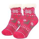 MC-Trend 1 Paar Kinder Kuschelsocken mit rutschfester ABS Sohle   Kinder Norwegersocken   warme Socken   Wintermotive   Kinder Hüttensocken mit Anti Rutsch Noppen und Teddyfell (22-26, Schuhe Beere)
