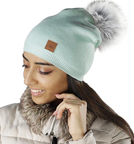 Mikos | Damen Frauen Strickmütze Mütze | Wurm Herbst Winter | Long Lang Beanie Mit Großem Kunstfellbommel 666 (Mint) (Mint Grün Beanie)