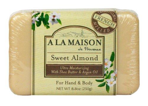 A La Maison Pain de savon ultra-hydratant Sweet Almond - A l'amande douce, à l'huile d'argan et au beurre de karité - 250 g