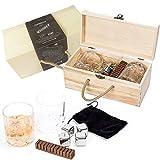 Clydescot SKYE - 9-teiliges Whisky Geschenkset - 4 wiederverwendbare Eiswürfel-Granitsteine, coole Drinks ohne zusätzliches Wasser + 2 altmodische Whisky-Kristallgläser 230ml + gebrannter und geräucherter Whiskygeschmacksstab aus Eiche + schöne handgemachte hölzerne Geschenkschachtel.