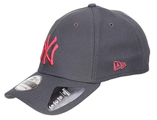 New Era Diamond Pop 3930 NY Yankees Cap (Knit Diamond Hat)