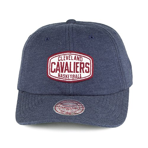 Casquette Racer Slouch Cleveland Cavaliers bleu marine MITCHELL & NESS Bleu Marine